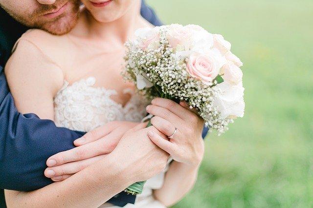 Haarschmuck für die Braut mit kurzen Haaren